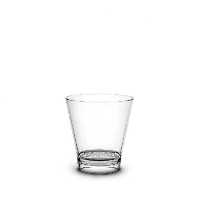 Verre à cocktail transparent incassable et personnalisable.